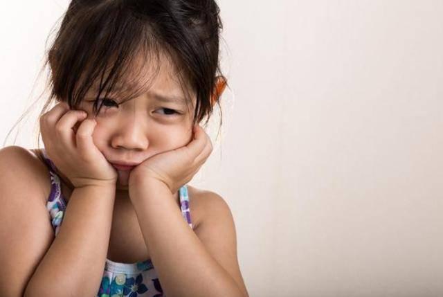 """孩子""""爱顶嘴""""怎么办?李玫瑾教授教父母说3句话,孩子更有出息"""