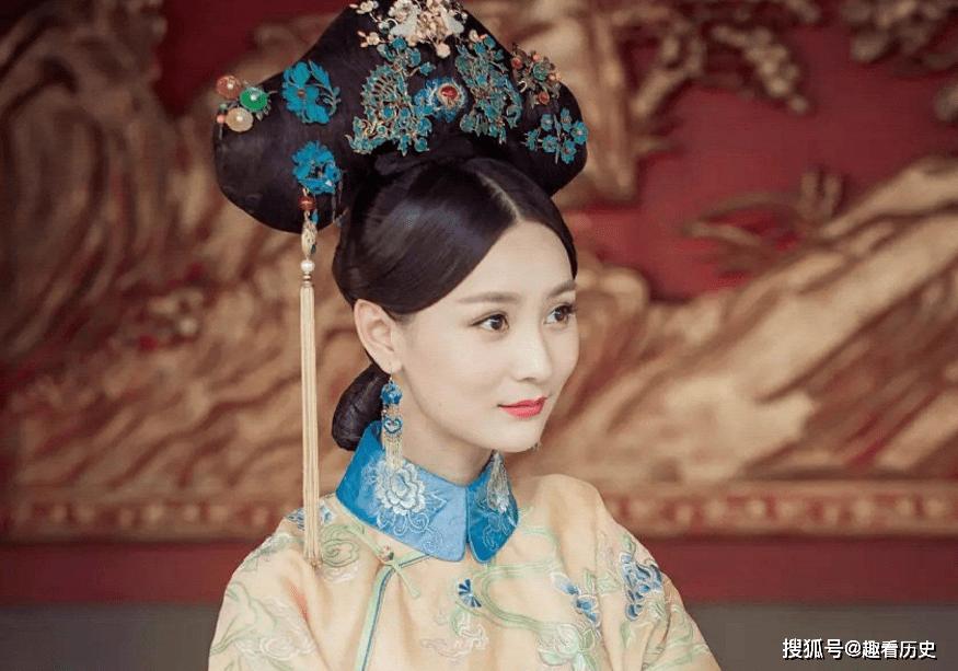她是清朝史上在位最长的皇太后,统领后宫57年,与康熙感情深厚
