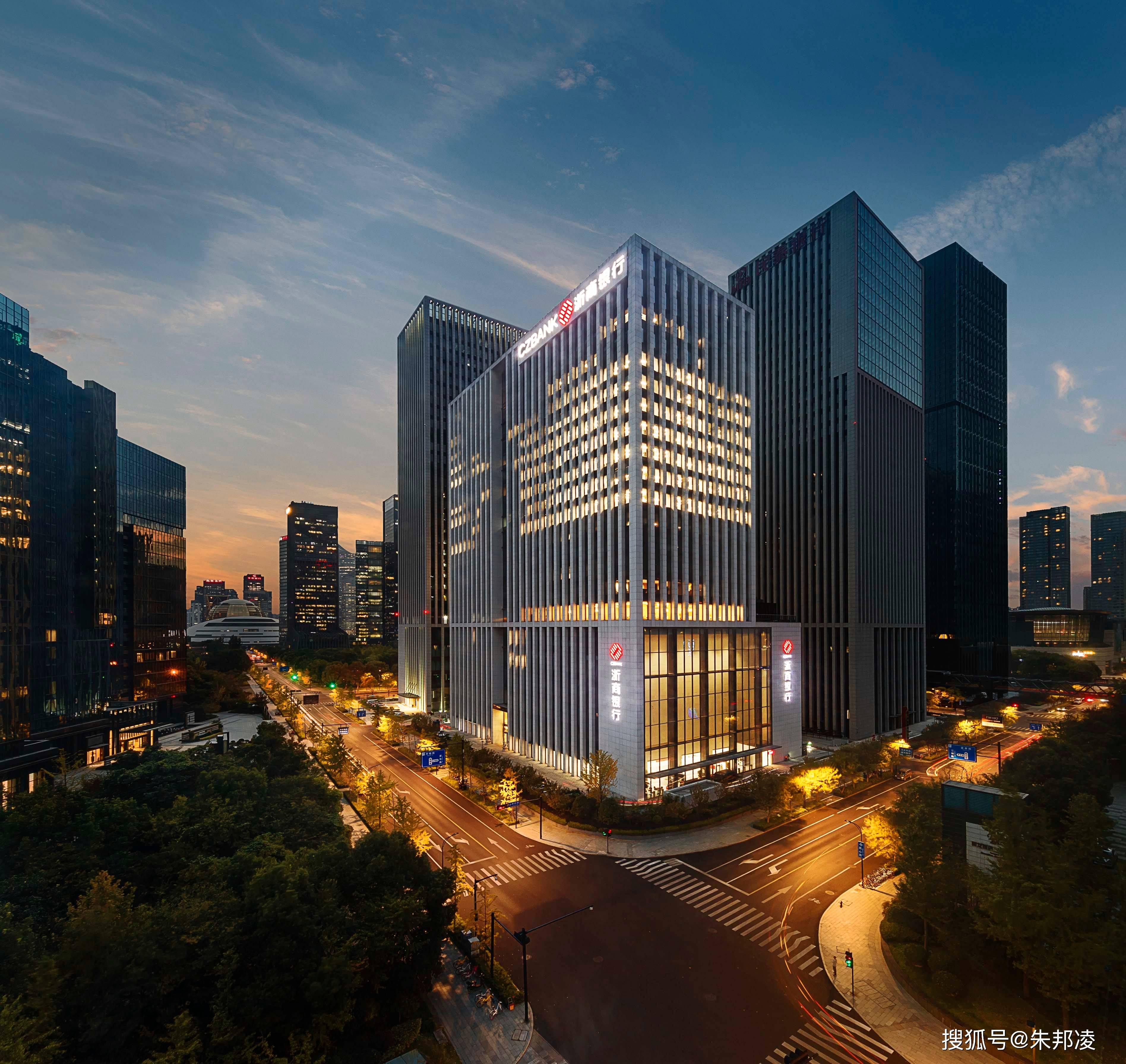 原创 浙商银行4.5倍市盈率、6.2%股息率意味着什么?巴菲特早说了