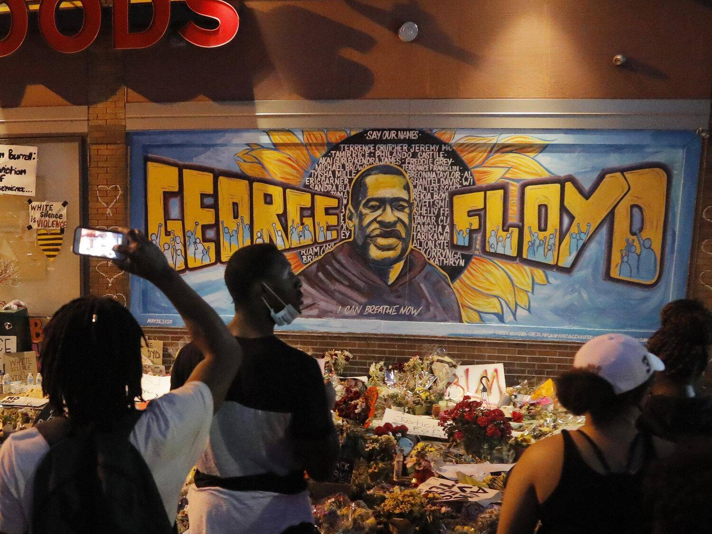明尼阿波利斯市将禁止警察锁喉、人权局已经对警察局展开调查