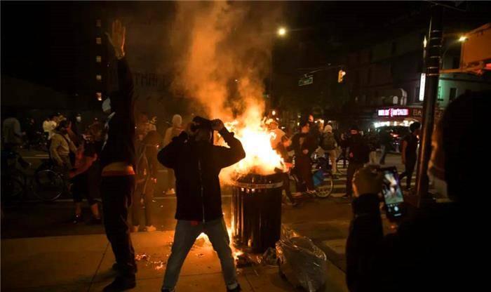 """全美逮捕万名抗议者!美国人忽然站出来索赔,开出14万亿""""罚单"""""""