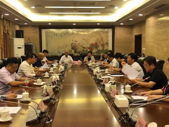 淄博市长于海田会见地月科技集团董事长张钊一行