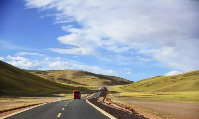 在开往新疆伊宁列车上的遐想