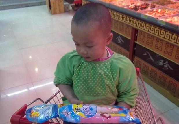 不吃肉就没营养?2岁女儿脾虚不发育,医生告诫:这2种辅食少碰