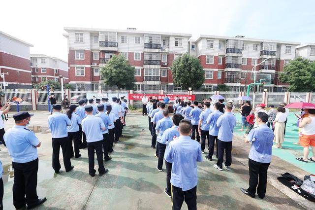 """湖北省举行""""爱路护路""""法制宣传月启动仪式"""