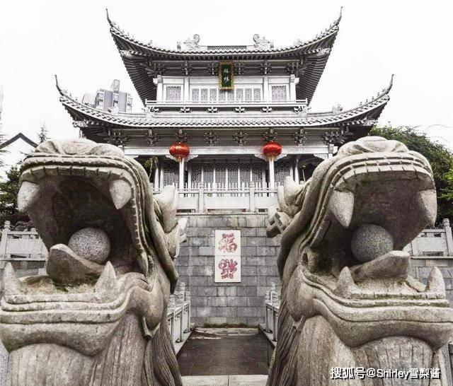 原创             中国第一银楼,耗资5万两白银打造国内唯一,通体银白色巧夺天工