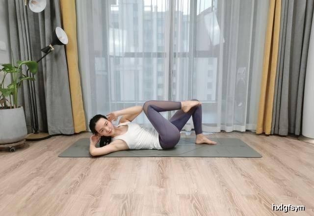 4种瑜伽动作教你不做肥肚婆,拥有紧致小蛮腰 减肥窍门 第5张