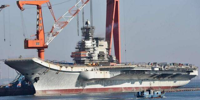 原创 中国辽宁舰一次可加油8000吨,需要花多少钱? 一般国家根本养不起