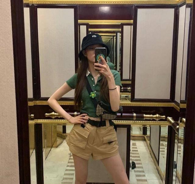 宋妍霏教科书式的穿搭,教你如何穿得时尚好看,出街回头率超高