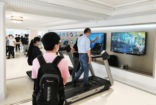 舒华X6i豪华智能跑步机入驻华为全球最大旗舰店 国内新闻 第5张