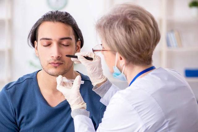 医生坦白告知:脸上有3种特点的人,要不了多久,肝病会找上门 营养补剂 第2张