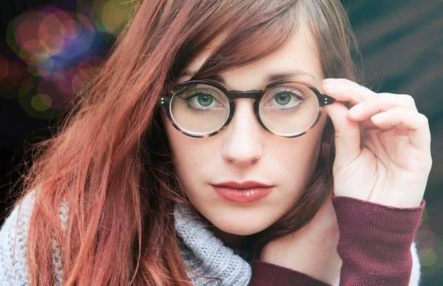 云镜台:视力疲劳的症状以及如何应对视疲劳