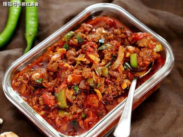专业的番茄牛肉酱做法来了,光用新鲜的番茄可不行,照着