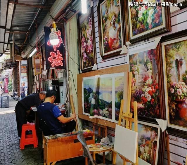 原创             遍地都是画家的小村庄?不仅世界有名,每年艺术出口价值还破亿!
