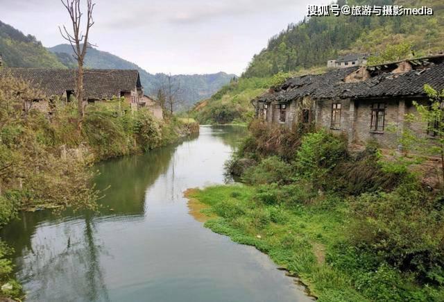 原创             这里被称为丹寨小香港,曾因富裕而红极一时,如今却人去楼空!
