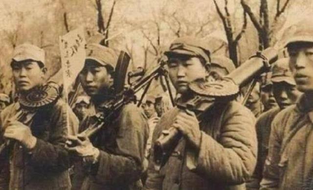 抗战经典手提机枪:第3造型独特实战中大量投入,第4被称油底机枪