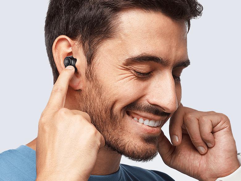 原创             苹果又改变行业规则?iPhone12或不送耳机充电器,网友竟如此调侃