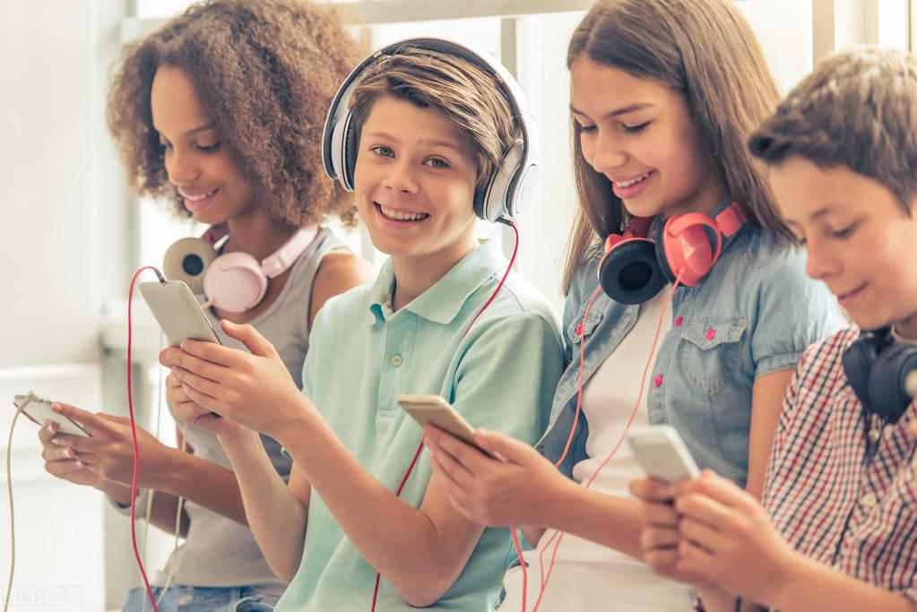 美发布留学新规 国际生秋季学期若只上网课或遭遣返