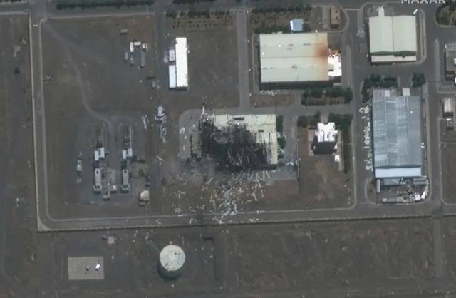 又炸了!伊朗导弹仓库突然爆炸,首都大面积停电