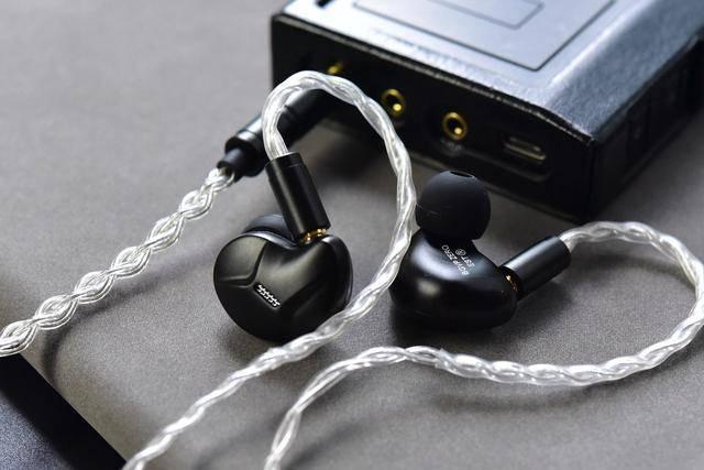 4K级听觉享受,BGVP ZERO静电动圈混和耳机评测