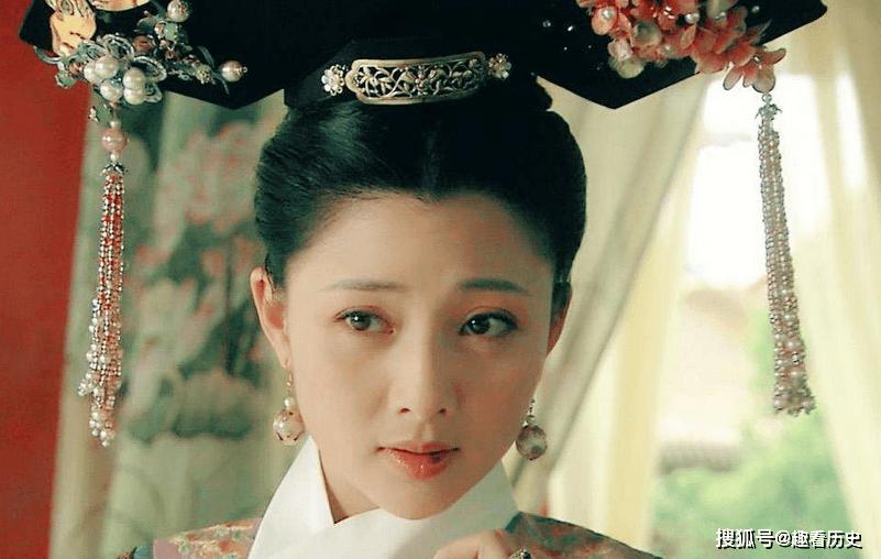 她被成为宫斗的鼻祖,从婢女成为妃子,一生为康熙生下6个孩子