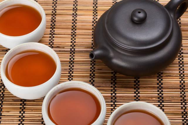 普洱生茶和熟茶的区别及功效禁忌图片