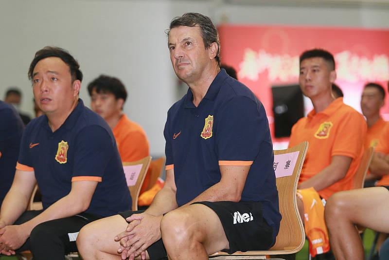 今天广州恒大足球比赛