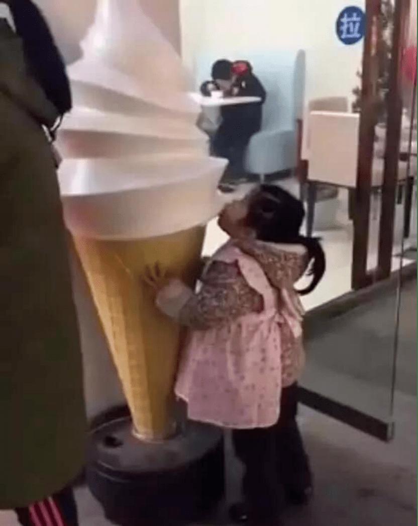 """""""妈妈,我可以吃冰淇淋吗?""""你的回答,影响孩子一生的幸福"""