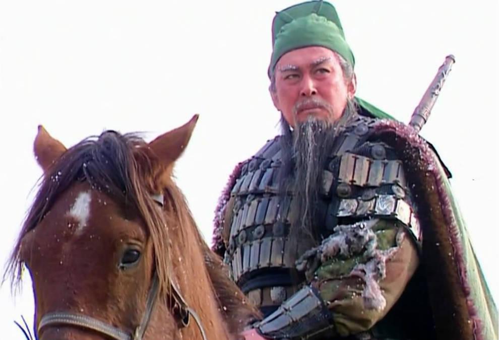 关羽打不过庞德,他能不能打过马超?看完这四场单挑就会得到答案