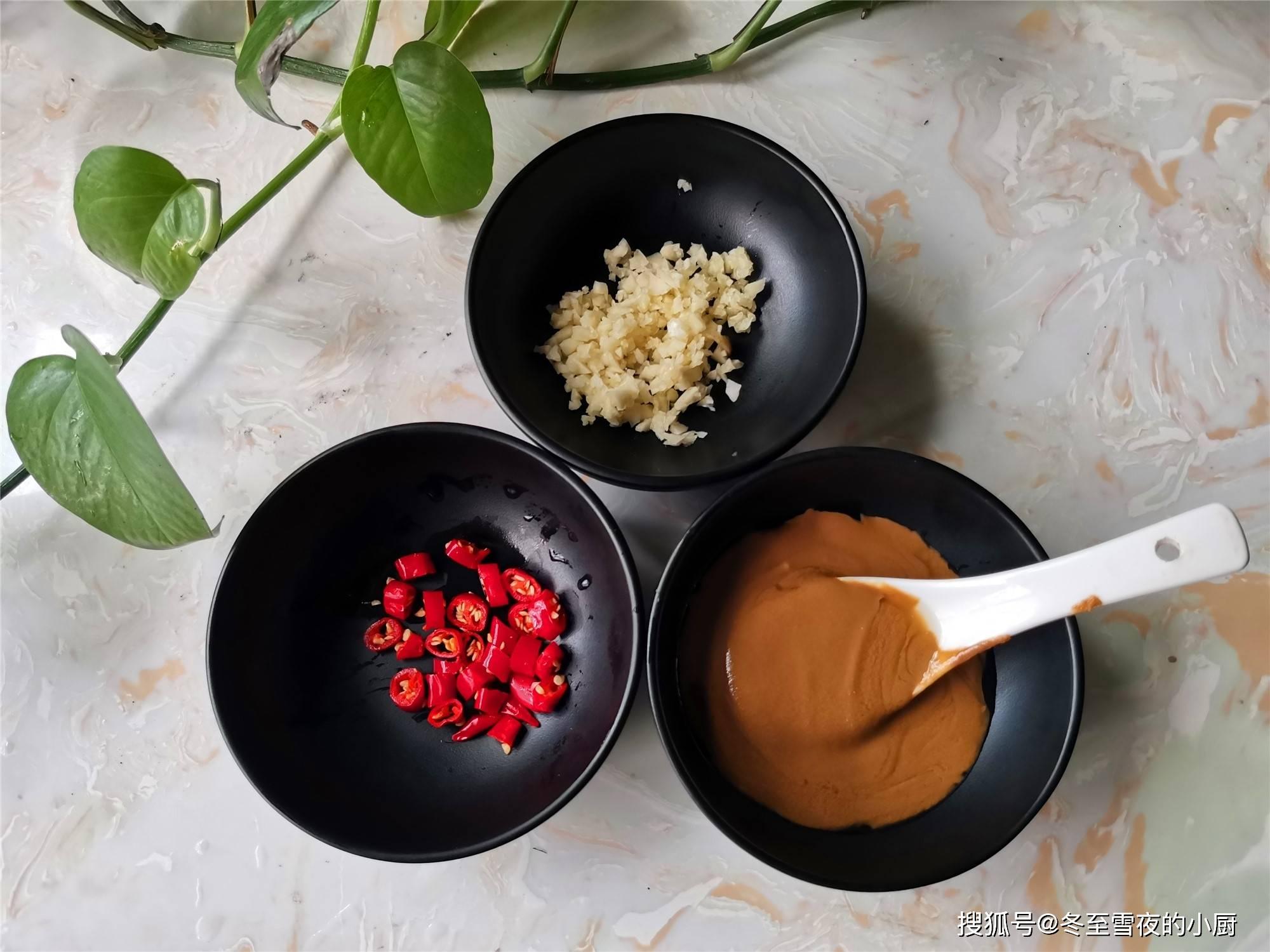 豇豆美味吃法,这样拌一拌,比炒的还香,脆嫩可口好滋味
