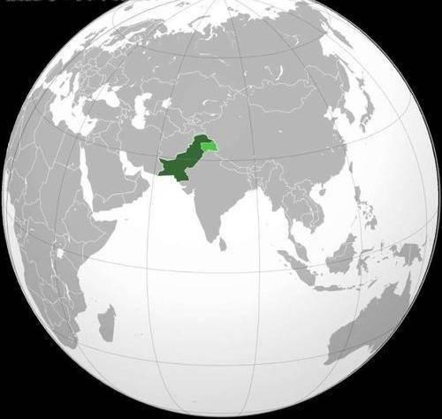 巴基斯坦经济总量多少_巴基斯坦女人