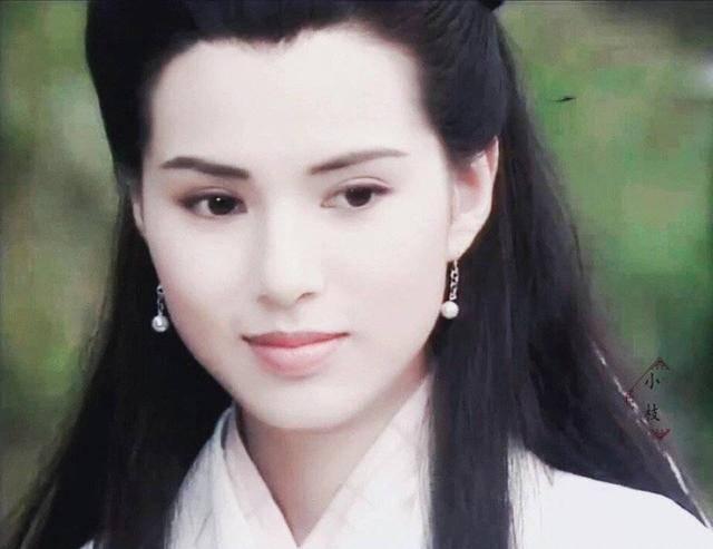 54岁李若彤生日首曝年龄,不结婚是不愿将就,状态依旧能打插图(4)