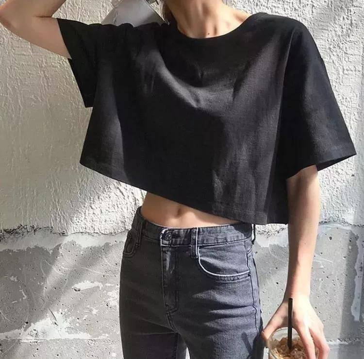 短上衣比T恤显瘦,你还没穿吗?