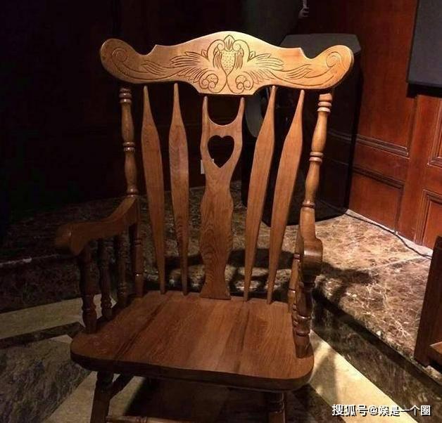 原创参观非诚勿扰黄菡的家,一家人仿佛生活在古代,家具都是复古风的