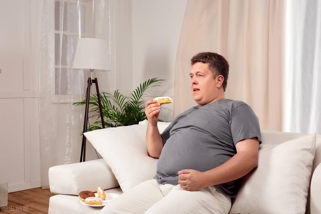 男士坚持这一组自重动作,远离肥胖,找回旺盛体能!