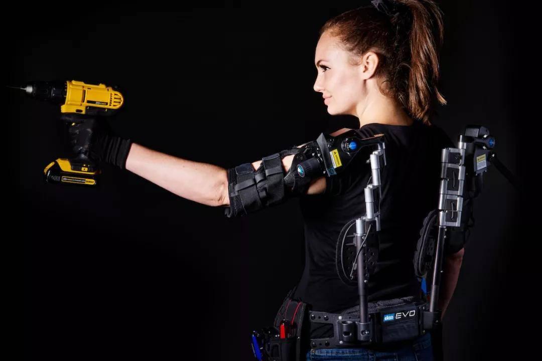 陈根:技术延伸了器官,机械外套延伸了骨骼
