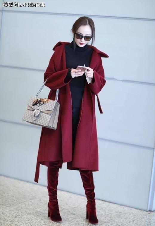 酒红色风衣搭配_砖红色风衣搭配图片