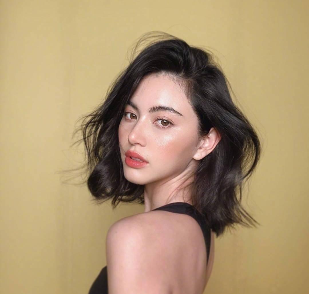 她是泰国第一神颜,不止身材火辣还这么会穿!
