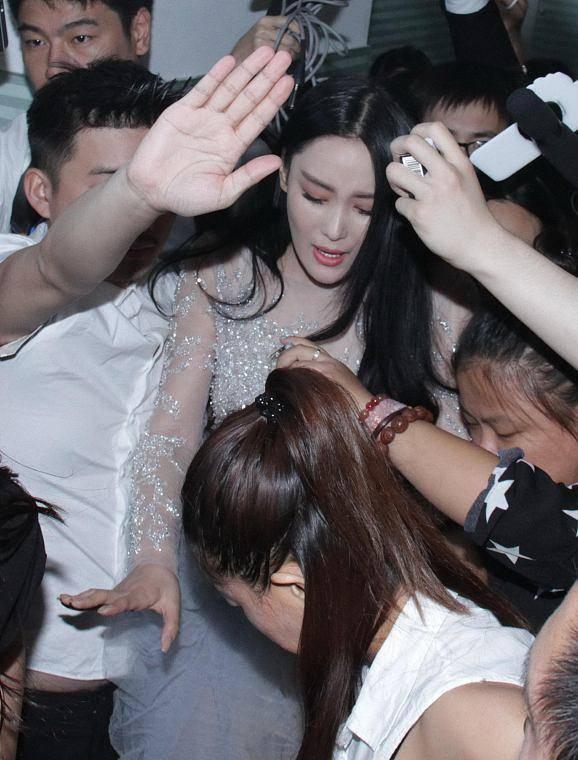 张馨予呼吁不要对女演员胖瘦太苛刻 对女演员胖