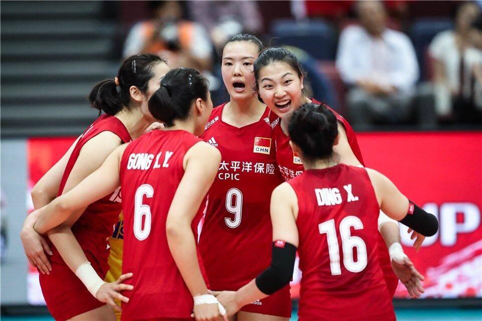 女排全锦赛三国手确认缺席 朱婷因伤休战下家引发猜测