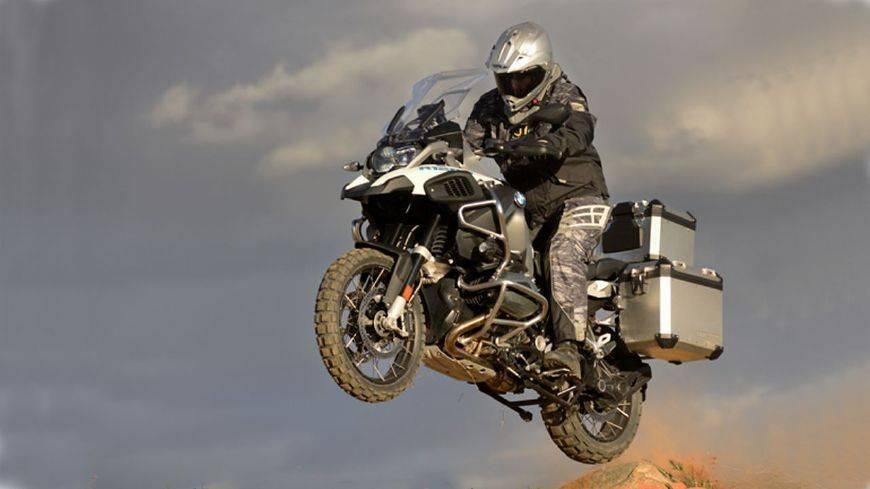 摩托车换挡时不收油只拉离合器对摩托