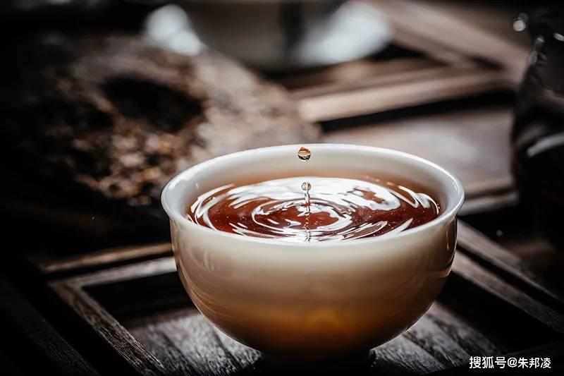 """拉祜族血统""""茶妈妈""""创立""""茶中茅台""""!毛利率超70%,年入近4亿"""
