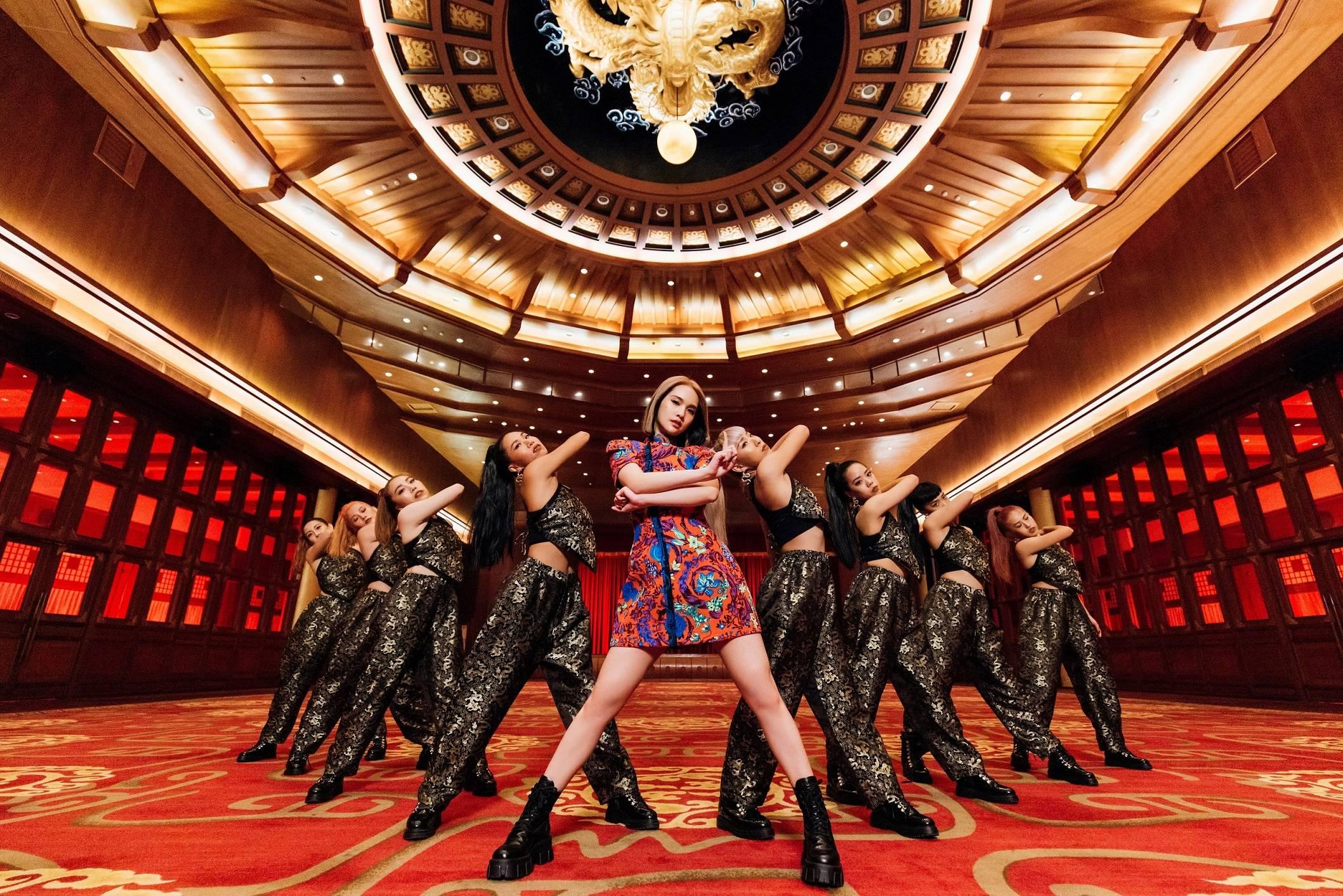 杨丞琳《BAD LADY》单曲、MV同步上线 找回初心完成年唱跳歌手梦