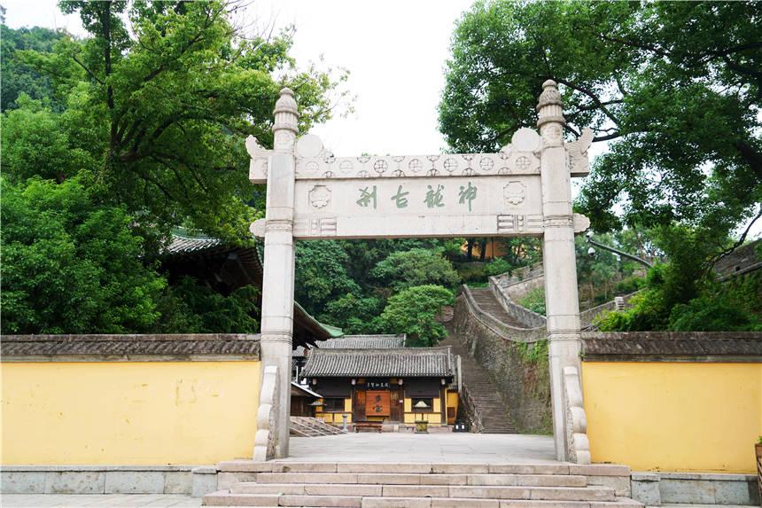 原创             江南寻幽,2天1晚逛台州临海,享受古典和现代交织的烟火生活
