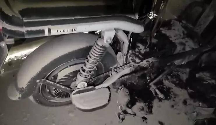 电动自行车又烧了!爱玛电动车离奇自燃,事发多日车主投诉无门