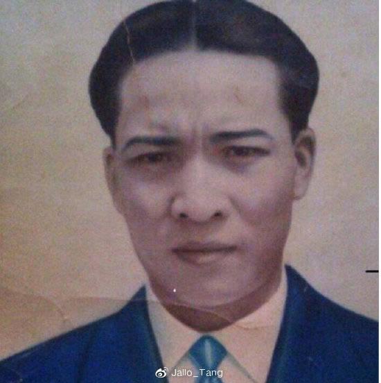 原创             曼联天才的中国血统证据照片曝光!专家揭秘:他真名叫做陈达毅