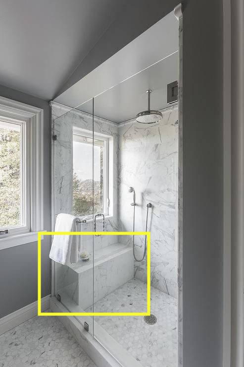 淋浴间再小,建议大家安装浴凳,稳定方便直接搭在墙上! 建议淋浴房的安装