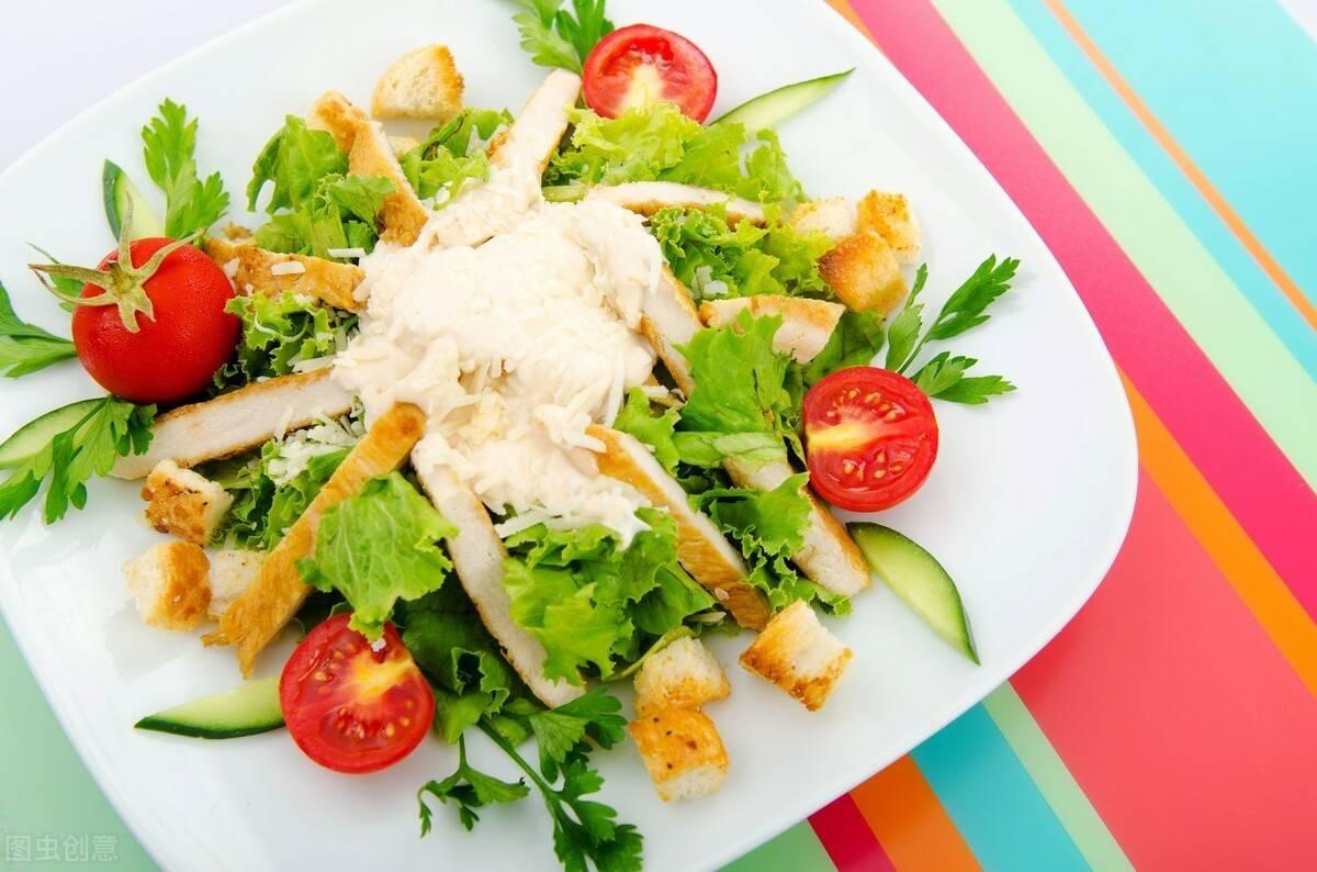 减肥,不要过度节食!一份减脂餐食谱,让你边吃边瘦下来!