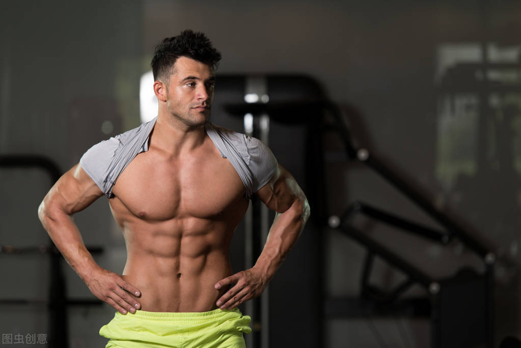 如何练出男神的腹肌?先减脂再虐腹,6个动作帮你雕刻六块腹肌!