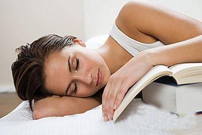 早上醒来满身都是汗,是不是身体不健康的表现?4种原因是真凶